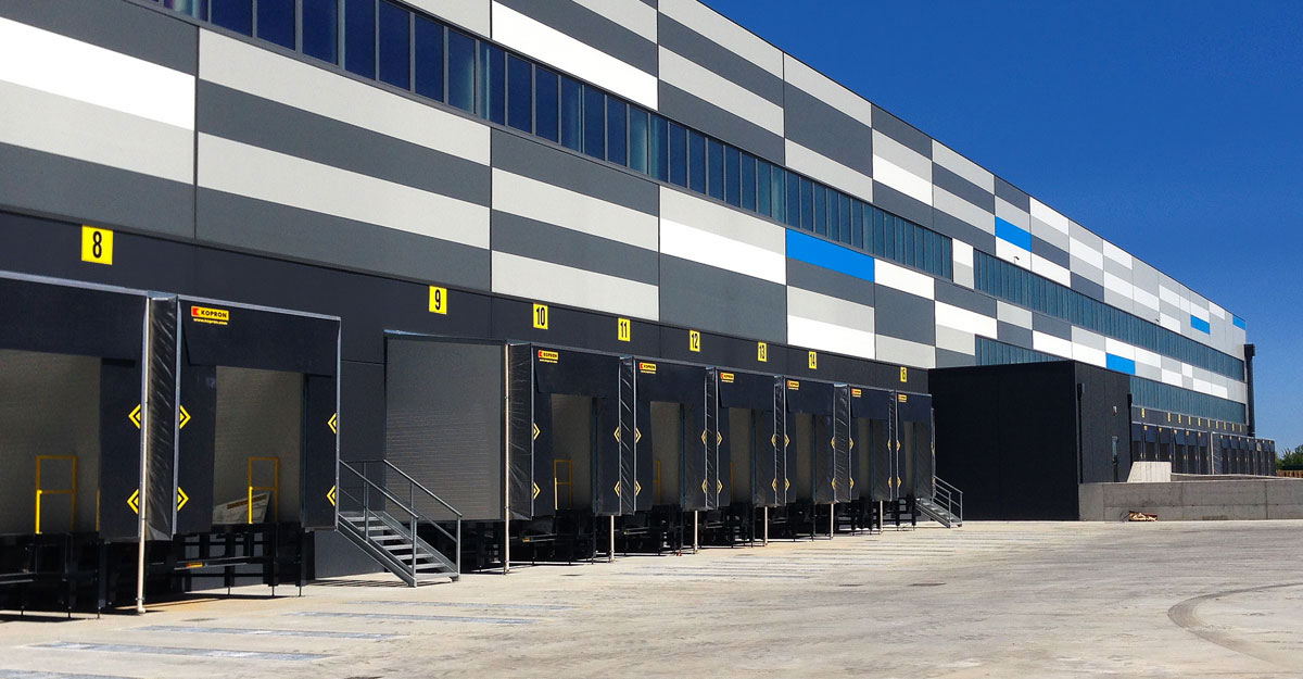 Kopron-loading-bays-for-Decathlon-Italy
