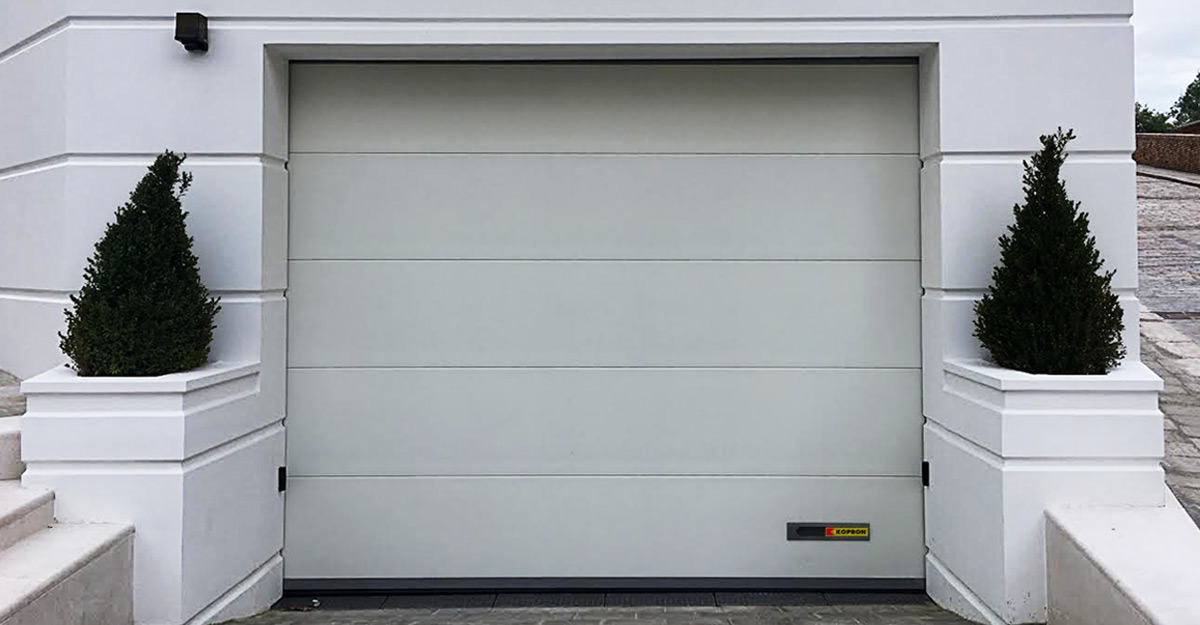 Kopron dock shelters Italian garage doors
