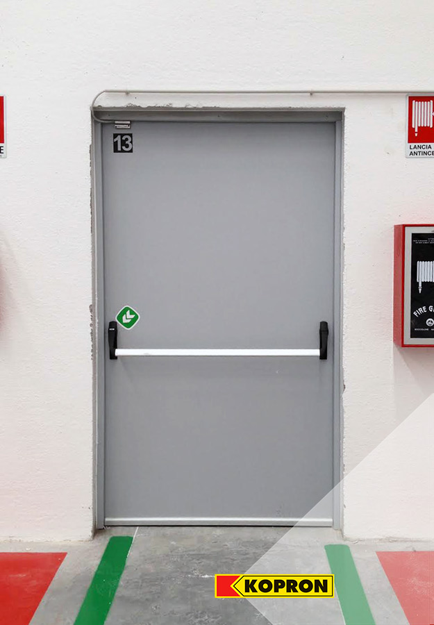 Kopron-pedestrian-door-at-Festa-Logistics-hub